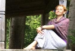 Йога в Киеве с Лорой Шайгородской